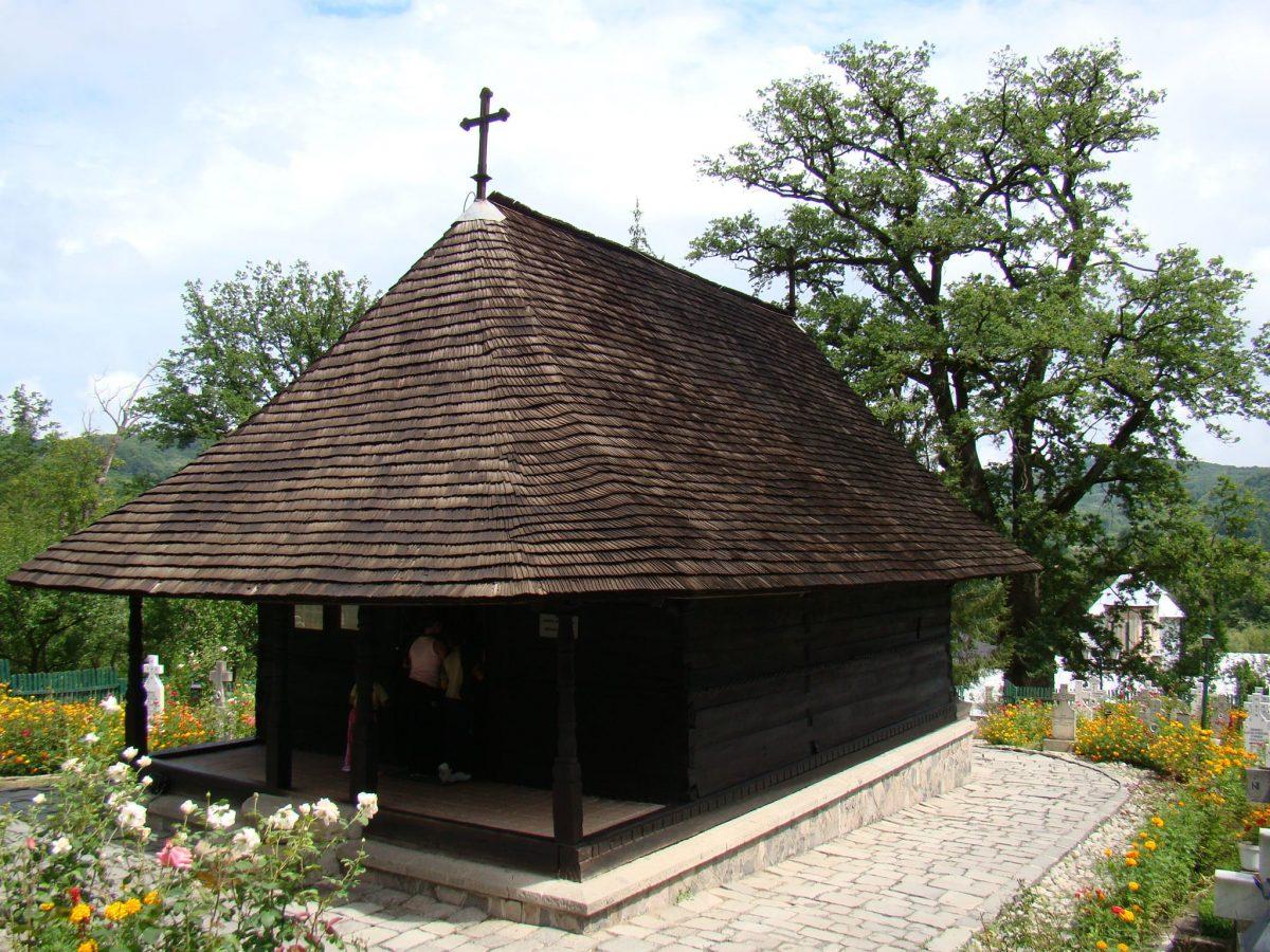 Manastirea_Dintr-un_Lemn.jpg